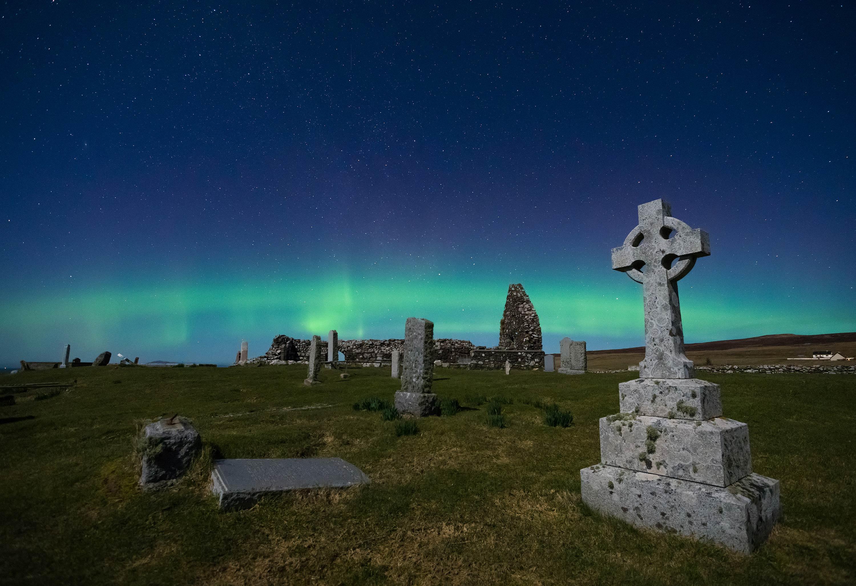 Friedhof-Polarlichter-2-3000PX-WEB